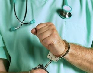 unscrupulous-doctor2 HLoJyl